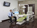 Dr. Ruan Rademeyer in treatment room